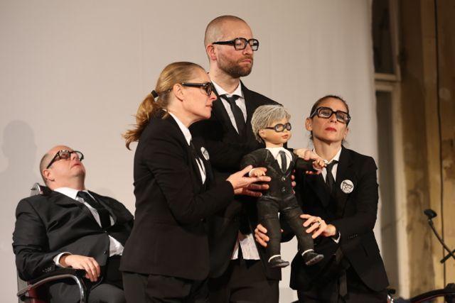 2012 10 26 warren buffett, toxic dreams (111)